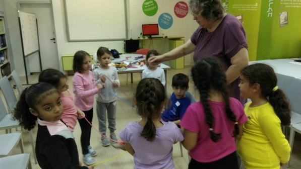 Einat Shamir- Yarn crafter at Yad Mordechai school