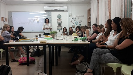 Galit Zamler trains teachers on entrepreneurship education