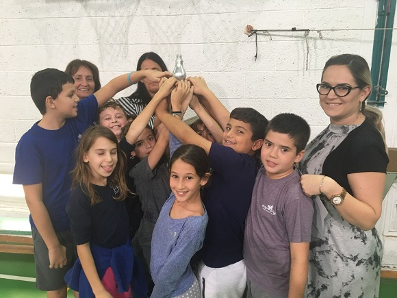 Hackathon for fourth and sixth graders at the Kiryat Ye'arim school